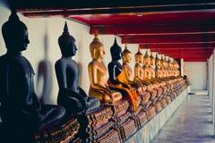 буддийские статуи Стоковые Фотографии RF