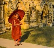 Буддийский бирманский послушник, Мьянма Стоковая Фотография