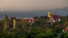 Буддийский висок Wat Phra тот висок Doi Saket Стоковая Фотография