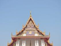 Буддийский щипец церков стоковая фотография rf