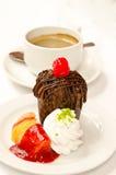 Булочка и кофе шоколада Стоковое Фото