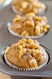 Булочки грецкого ореха банана и семени Chia Стоковая Фотография