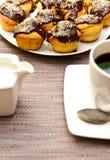 Булочки и кофе стоковая фотография