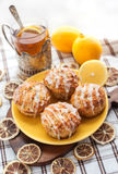 Булочки макового семенени лимона Стоковая Фотография