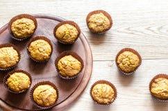 Булочки тыквы Wholewheat с изюминками Стоковые Изображения