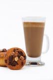 Булочки шоколада и latte кофе стоковое фото rf