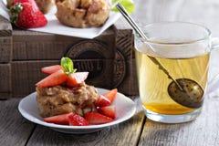 Булочки яблока Vegan с зеленым чаем Стоковые Изображения RF