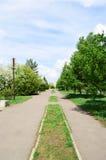 Бульвар весны в городе, Омске, России Стоковое фото RF