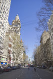 Бульвар в мае в Буэносе-Айрес. Стоковая Фотография RF