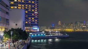 Бульвар звезд в Гонконге на timelapse ночи Он удостаивает знаменитостей киноиндустрии Гонконга акции видеоматериалы