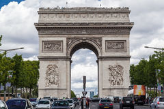 Бульвар Париж Champs-Elysees свода триумфа Стоковые Фото