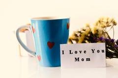 Будьте матерью дня ` s, я тебя люблю текста мамы на карточке Стоковое фото RF