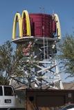 Бывшая водонапорная башня на станции Калифорния Barstow стоковая фотография