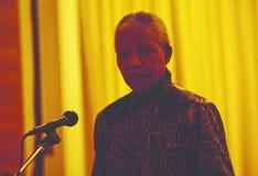 Бывший президент Нельсон Мандела на его посещении virst в Швейцарии говоря к верхним банкирам для того чтобы поддержать новую Южн стоковые фотографии rf