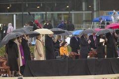 Бывший президент США Bill Clinton, бывшяя повелительница США первого и настоящий Sen Хиллари Клинтон, D- NY, и другие на этапе во Стоковая Фотография RF
