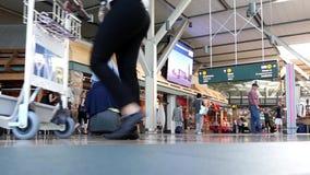Быстрое движение крупного аэропорта YVR акции видеоматериалы