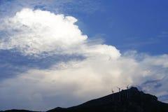 Быстрое изменение белизны вверху холм Стоковая Фотография RF
