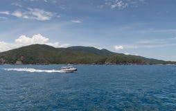 Быстроходный катер в море Стоковое Изображение