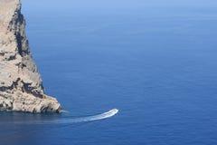 Быстроходный катер около Formentor на Майорке Стоковое Изображение RF
