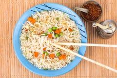 Быстро-приготовленное питание Китайские немедленные лапши Стоковая Фотография