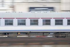 Быстро проходя поезд, Варшава, Польша. Стоковое Изображение