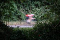 Быстро проходя велосипедист Стоковая Фотография