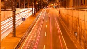 Быстро проходя света автомобиля ночи сток-видео