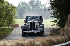 Быстрый старый автомобиль Стоковые Изображения