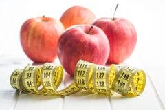 бюрократизм яблока измеряя Стоковая Фотография RF