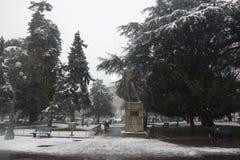 Бюстгальтер аркады под снегом, городом Вероны в Италии Стоковые Изображения RF