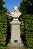 Бюст врача Johann Lukas Schönlein в Бамберге, Германии Стоковые Фото