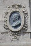 Бюст дома Benjaman Франклина, Парижа Франции, углового Raynouard и певицы руты в районе Passy жил здесь 1777-1785, PA Стоковые Изображения RF