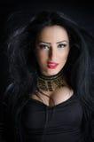 Блестящая женщина брюнет Стоковые Фото