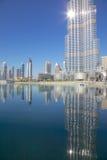 Ближний Восток, Объединенные эмираты, Дубай, Burj Khalifa & озеро фонтан Стоковая Фотография RF