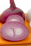 близкий красный цвет лука отрезает вверх vegetable взгляд Стоковое Фото