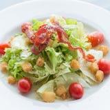 близкий салат снятый вверх по овощу Стоковое фото RF