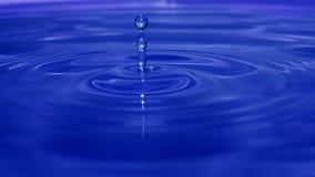 близкое падение вверх по воде Стоковое Изображение