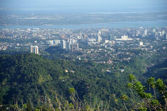 Бдительность верхних частей над городом Cebu, Cebu, Филиппинами Стоковые Изображения