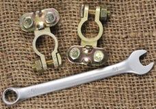 2 блоки и ключа полюса батареи Стоковая Фотография
