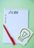 Блокнот, лист, ручка, зеленая таблица Стоковые Изображения