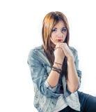 Блондинка в куртке джинсов Стоковая Фотография