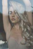 Блондинка в солнце Стоковые Фотографии RF