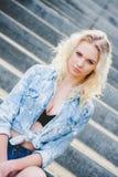 Блондинка маленькой девочки Portert стоковое изображение