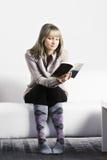 Блондинка с книгой стоковые фото