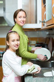 Блюда дочери и матери моя Стоковые Фото