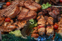 Блюда свинины и гриль барбекю стоковое фото rf