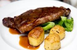 Блюдо говядины стоковое изображение rf