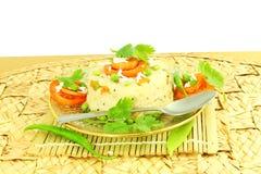 Блюдо закуски Upma южное индийское сделанное от sooji или rava манной крупы стоковая фотография