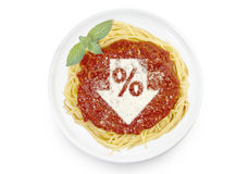 Блюдо макаронных изделий с томатным соусом и сыр пармесаном в форме Стоковые Фото