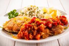 Блюдо рыб - зажаренная рыба с рисом Стоковое фото RF